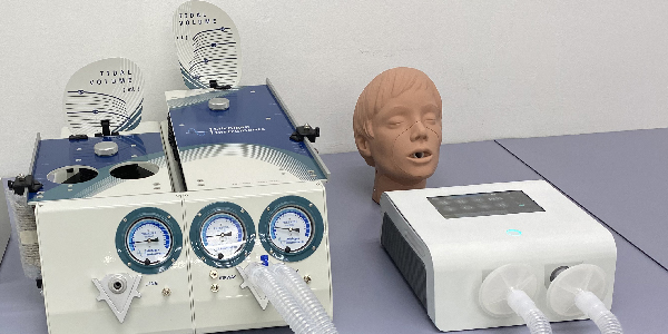 Alpha Ventilator, a world's first telehealth ventilator which can be tweaked both manually and remotely with a computer